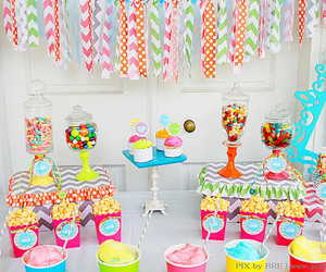 candy bar, cupcakes, and dulces image