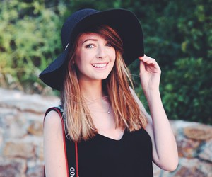 zoella, zoe sugg, and beauty image