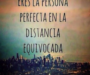 love, distance, and frases image