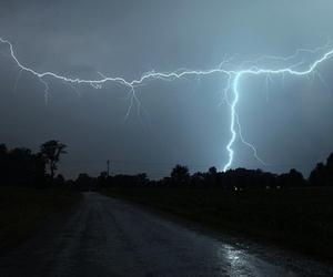 lightning, sky, and grunge image