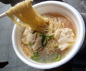 food, ramen, and noodles image