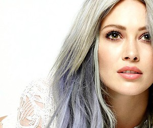 header and Hilary Duff image