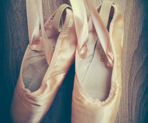 ballerine, danse, and pointe image