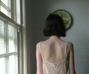 girl, short hair, and pale image