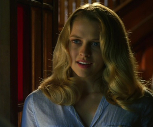 teresa palmer and love and honor image