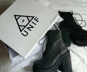 unif, black, and shoes image