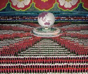 2007, Andreas Gursky, and Pyongyang image