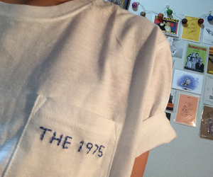 girl, grunge, and the 1975 image
