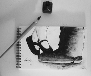 black and white, daughter, and draw image