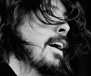 dave grohl, foo fighters, and black and white image