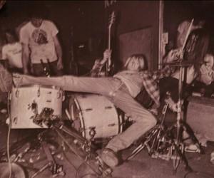 band, grunge, and kurt cobain image