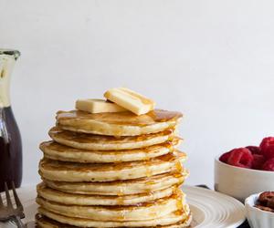 pancakes and raspberries image