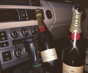 champagne and car image