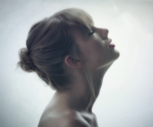 fashion, music, and Taylor Swift image