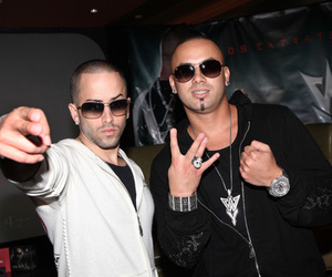 spanish and wisin & yandel image