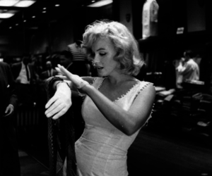b&w, dress, and Marilyn Monroe image