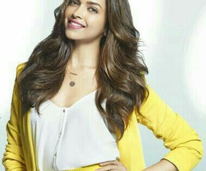 beauty, fashion, and deepika image