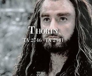 middle earth and the hobbit image
