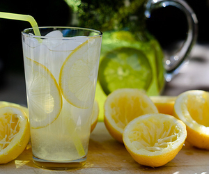 drink, lemon, and lemonade image