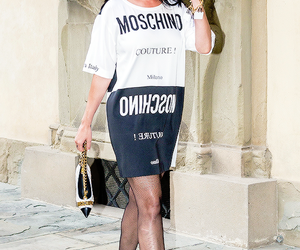 katy perry and Moschino image