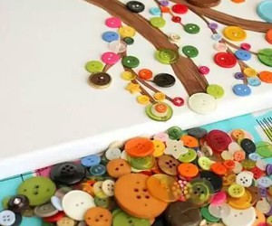 buttons, tree, and colors image