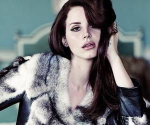 chanteuse, romantic, and sensuelle image