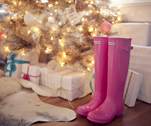 hunters, wellies, and pink image