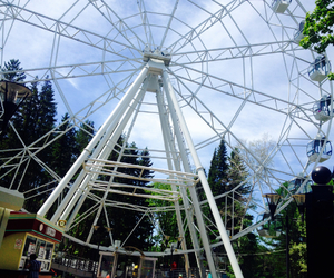 ferris wheel, summer, and tourist attraction image