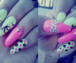 nails, stileto, and neonpink image