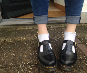 dr martens, grunge, and indie image