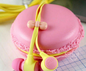 earphones and pink image