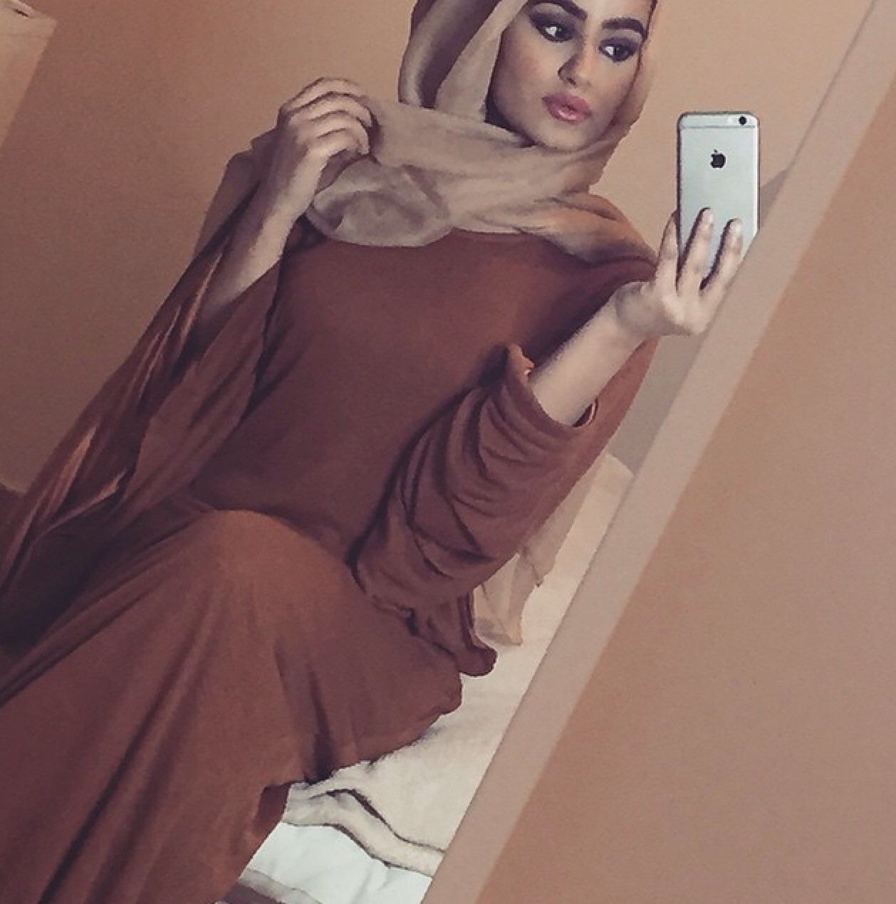 hijab, scarf, and hijabi outfit image