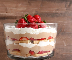 chocolate, strawberry, and tiramisu image