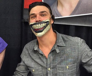clown, ahs, and finn wittrock image