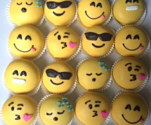 emoji, cupcake, and yummy image