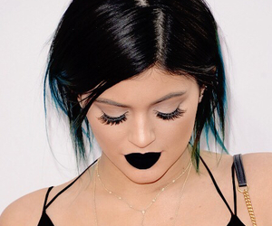 black, chic, and eyes image