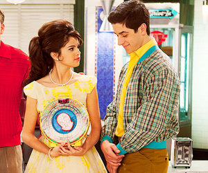 selena gomez and wizards of waverly place image