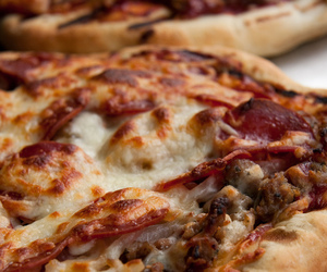 pizza, chesse, and italian food image