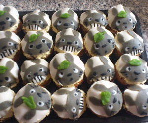 army, cupcake, and muffins image