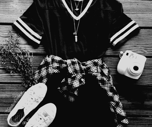 black an white, grunge, and gruge image