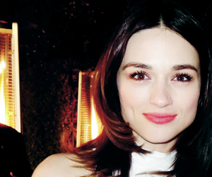 crystal reed and allison argent image