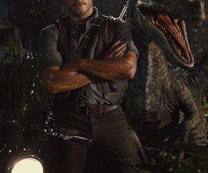 chris pratt, jurassic world, and dinosaur image