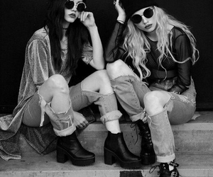 besties, lesbians, and grunge image
