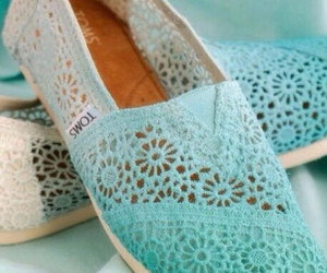 mint green, tiffany blue, and shoes image