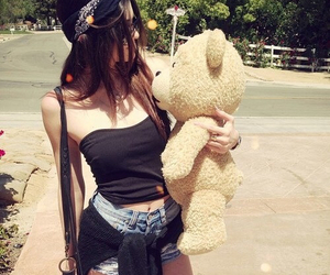 TED, kylie jenner, and kendall jenner image