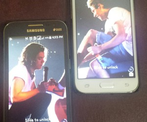 niall horan, Harry Styles, and lockscreens image