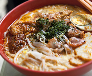 curry, noodles, and laksa image