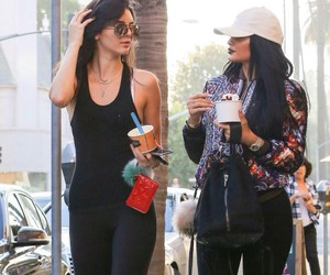 style, kendall jenner, and kylie jenner image