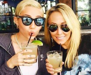 miley cyrus, miley, and tish cyrus image