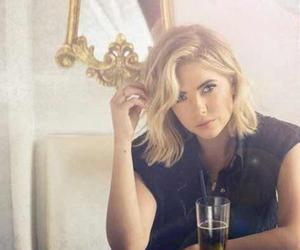 drink, short hair, and pretty little liars image